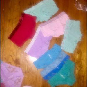 5 VS BoyShort Panties M NWT 3 Hiphuggers